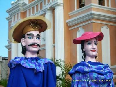 Baile de Gigantes en Villa Nueva