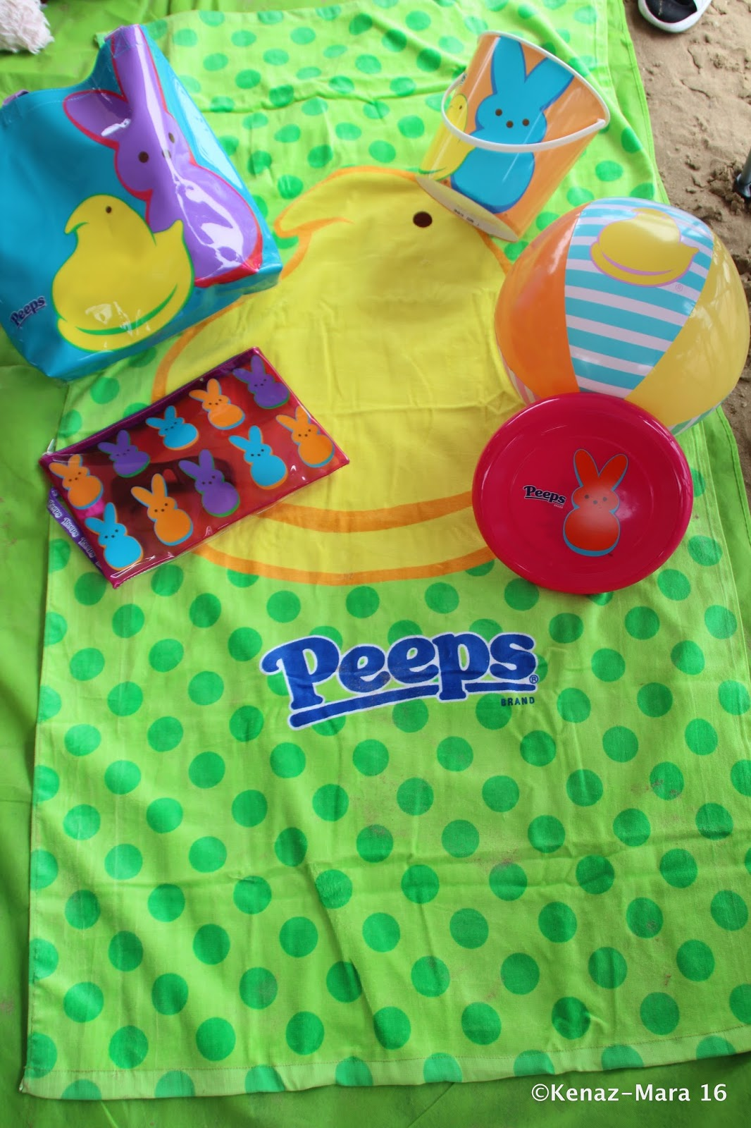 4ca571a79fb7cc Our Peeps® Wet Suit Tote makes traveling with a wet bathing suit fun again    ) Can also be used to carry any other messy gear or toiletries you might  have.
