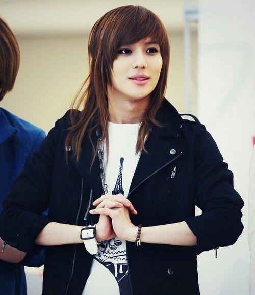 shinee taemin look like girls with his hairstyles