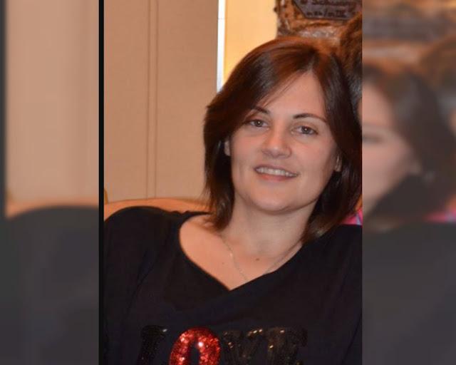 Una mujer fuertemente golpeada al desplomarse un montacargas en el que ella estaba