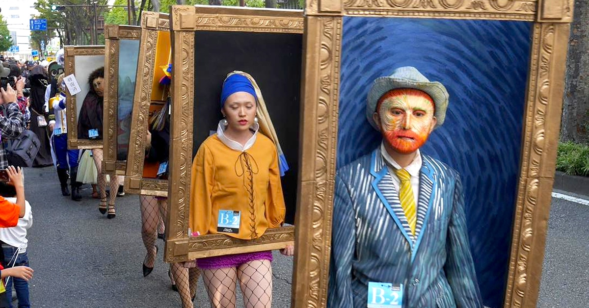 Stunning Photos Of People Dressed Up As Famous Paintings At The 22nd Halloween Parade In Kawasaki, Japan