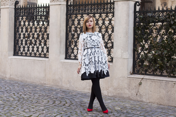 vision on fashion and the lace dress