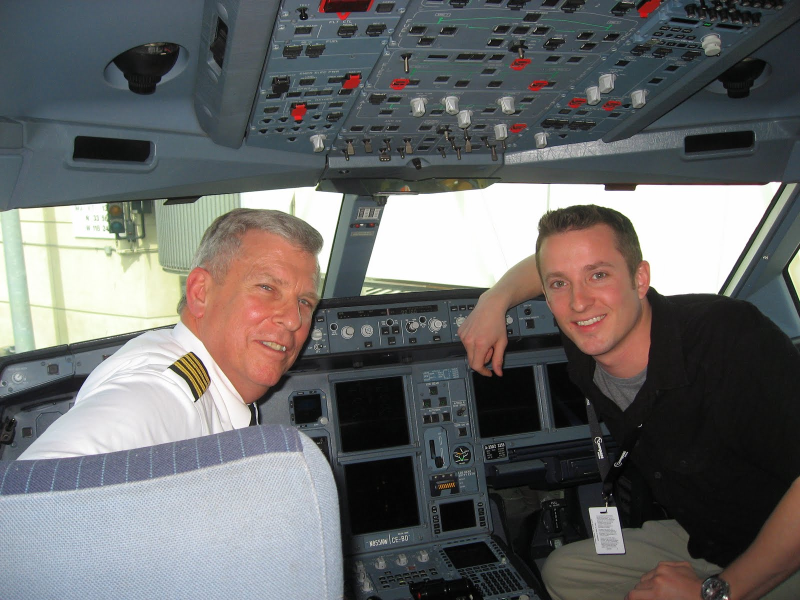 how to become a pilot at air canada
