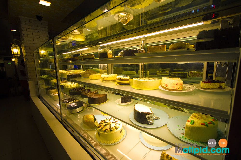 Many cakes to choose from