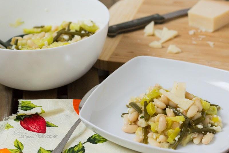 Ensalada de alubias blancas calabacin puerro y vinagreta de limon