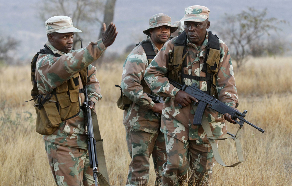 SA Soldiers To Step In And Rescue Vaal Residents From Sewage
