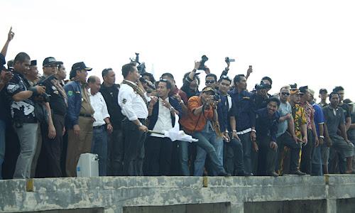 Gubernur Sulsel pada Acara Puncak SKBKT 2012 tkt. Prov.Sulsel 2012 di Kab. Barru