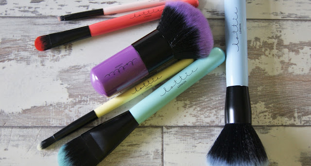 Lottie London Makeup Brushes Review