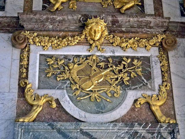 sztuka Wersalu, rzeźba, złoto