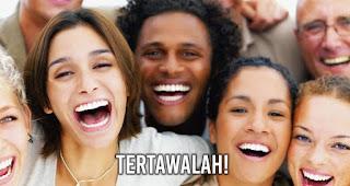 tertawalah! Tertawa selama 10 hingga 15 menit setiap hari dapat membakar 40 kalori.