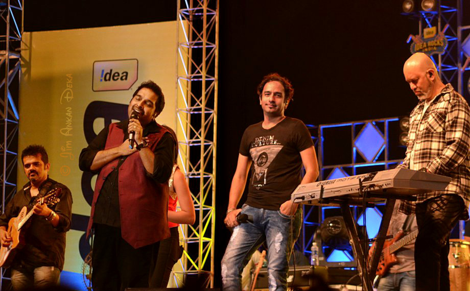 Shankar-Ehsaan-Loy with Raman Mahadevan at Idea Rocks India, Bangalore (photo - Jim Ankan Deka)