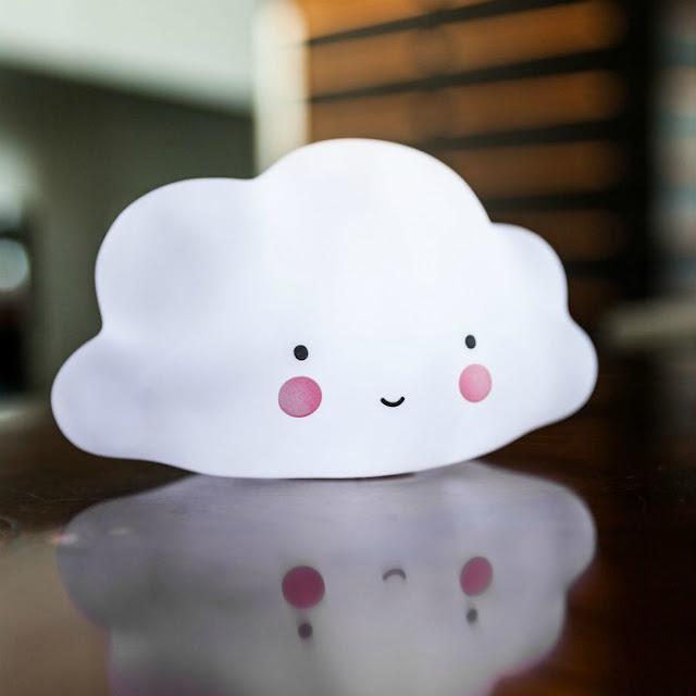 lampe-mini-nuage-cadeaux-folies
