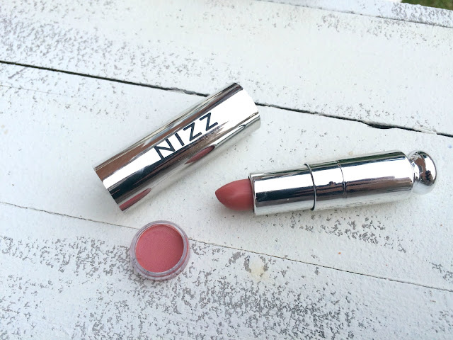 Nizz Cosmetics Lustre Lipstick in Rose Nude Libbie Club August Box