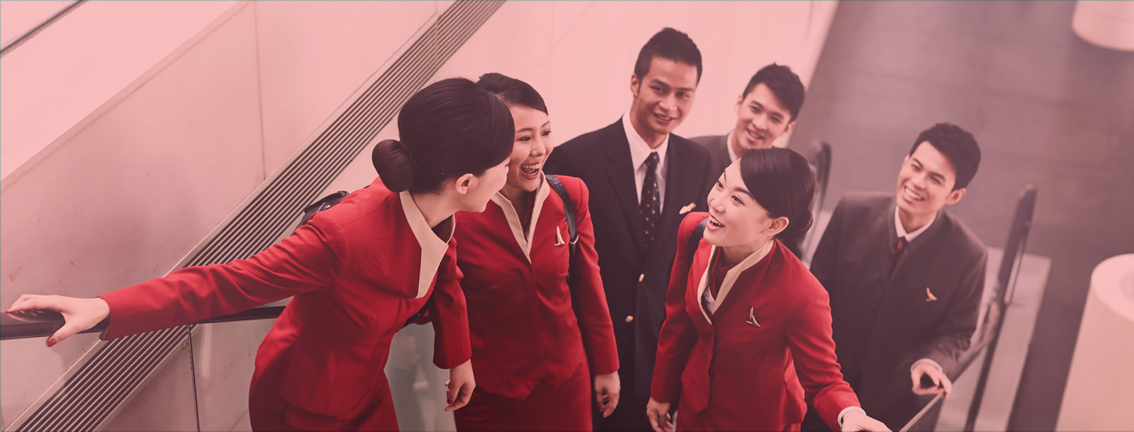 Fly gosh cathay pacific cabin crew recruitment base in for Korean air cabin crew requirements