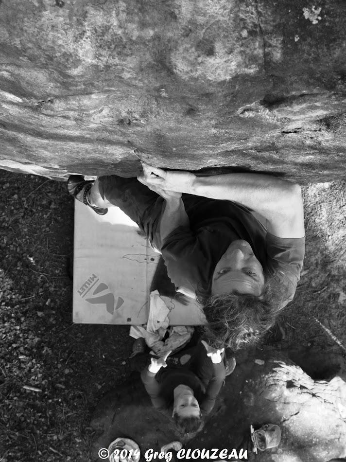 Guillaume est déterminé à attraper la prise du Trou rouge au Potala, (C) 2014 Greg CLOUZEAU