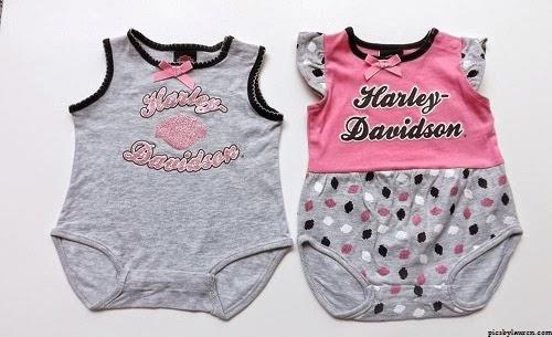 Jolie Vêtement bébé fille avec prénom