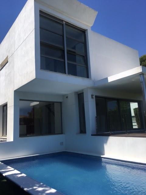 Casas minimalistas las ltimas construcciones dise adas for Construcciones minimalistas