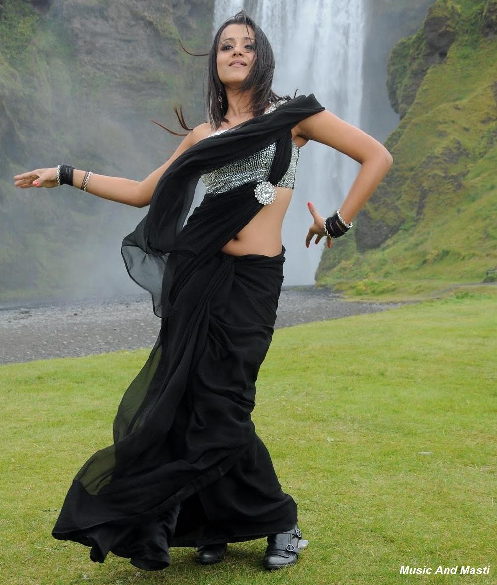 Tamil Cinema Foto: Trisha Hot Ass In Black Saree