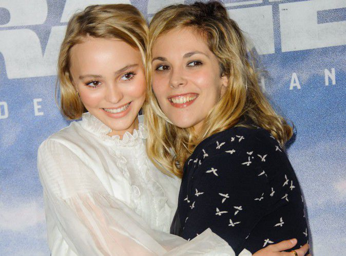 Lily-Rose Depp and Alysson Paradis MOM: a niece-aunt duo accomplice!