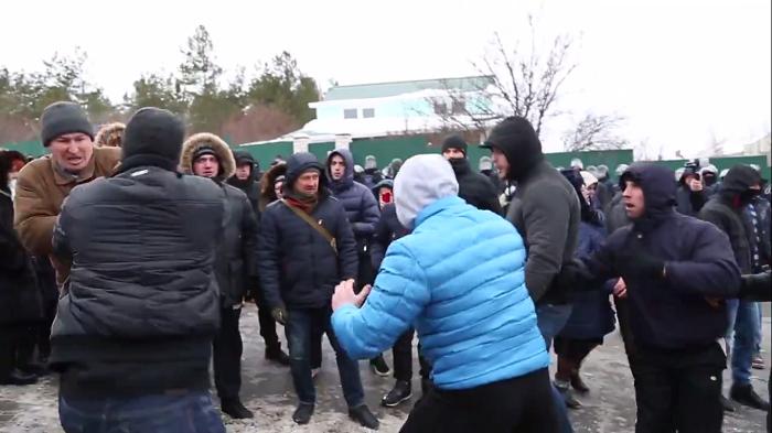 """""""Якого ти сюди приїхав?"""" Розгром автоколони антимайдану в Запоріжжі 23 березня 2014 року - Цензор.НЕТ 400"""