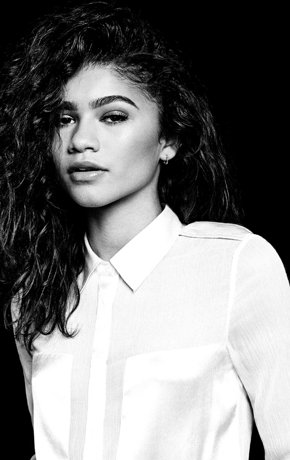 Download zendaya monochrome 800x600 resolution full hd 2k wallpaper