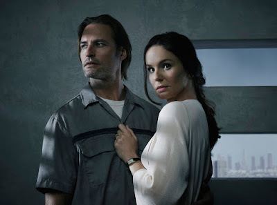 Image of Sarah Wayne Callies and Josh Holloway in Colony Season 2 (6)