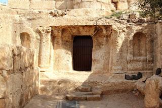 Gua Ashabul Kahfi di Jordan