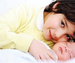 طفل سوري مولود في استراليا يحدث ضجة كبيرة في وسائل الإعلام العالمية!!