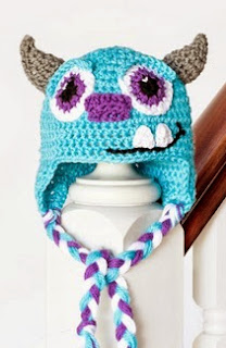 http://translate.google.es/translate?hl=es&sl=en&tl=es&u=http%3A%2F%2Fwww.hopefulhoney.com%2F2014%2F03%2Fmonsters-inc-sulley-inspired-baby-hat.html