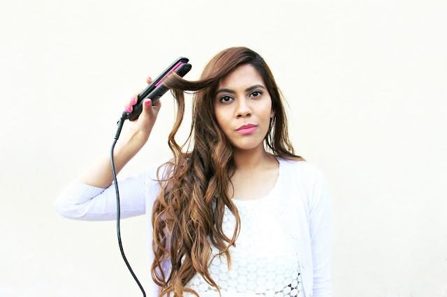 How to Curl Hair Using Straighteners, hair, 5 minutes hairstyles, best hair straightener, big bouncy curls, easy DIY curls, how to curl hair with straightener, how to straightener hair, Quick Easy Curls, beauty , fashion,beauty and fashion,beauty blog, fashion blog , indian beauty blog,indian fashion blog, beauty and fashion blog, indian beauty and fashion blog, indian bloggers, indian beauty bloggers, indian fashion bloggers,indian bloggers online, top 10 indian bloggers, top indian bloggers,top 10 fashion bloggers, indian bloggers on blogspot,home remedies, how to
