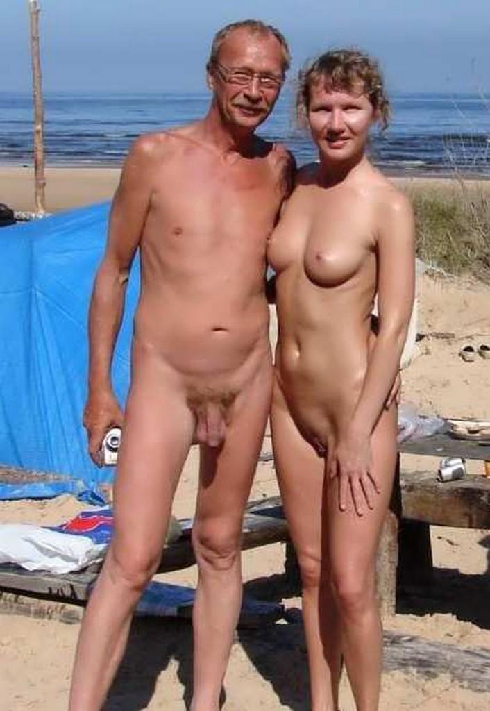 25 Nudist Couples  Nudes Girl-9752