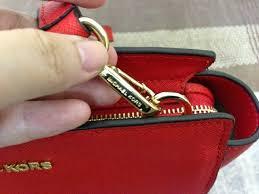 Tas asli atau palsu, begini cara membedakannya..