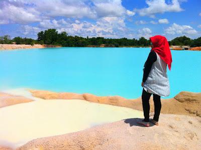 danau biru bekas galian tambang di bintan
