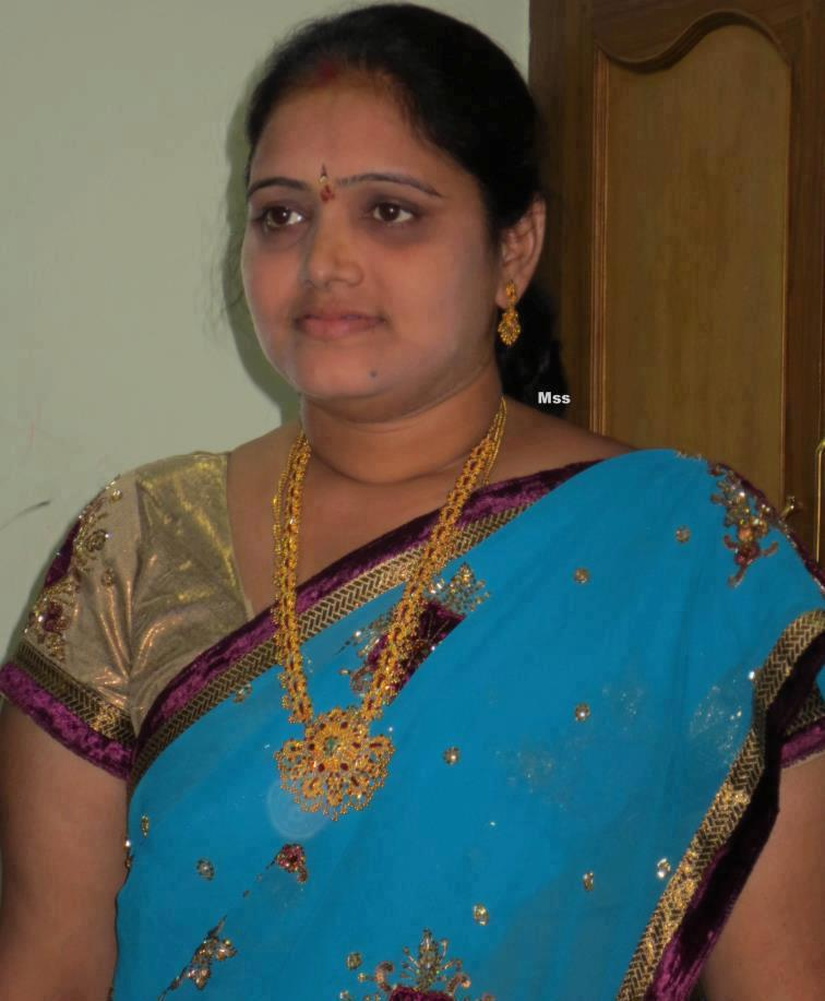 Tamil Super Aunty Mulai-photo Nue