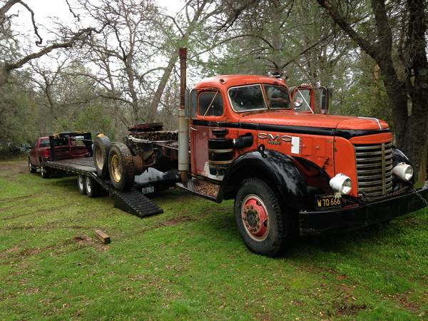 1947 GMC 900 Series - Old Truck