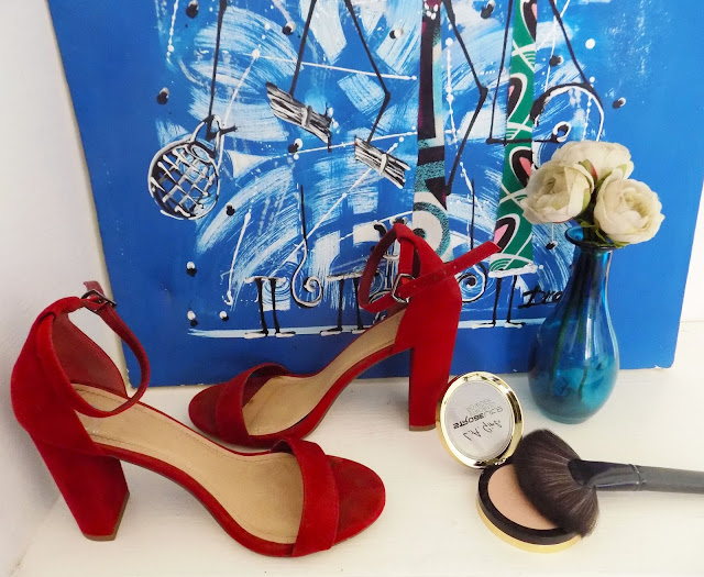 FashionDRA   Fashion Style : 04 Shoes every girl needs this summer