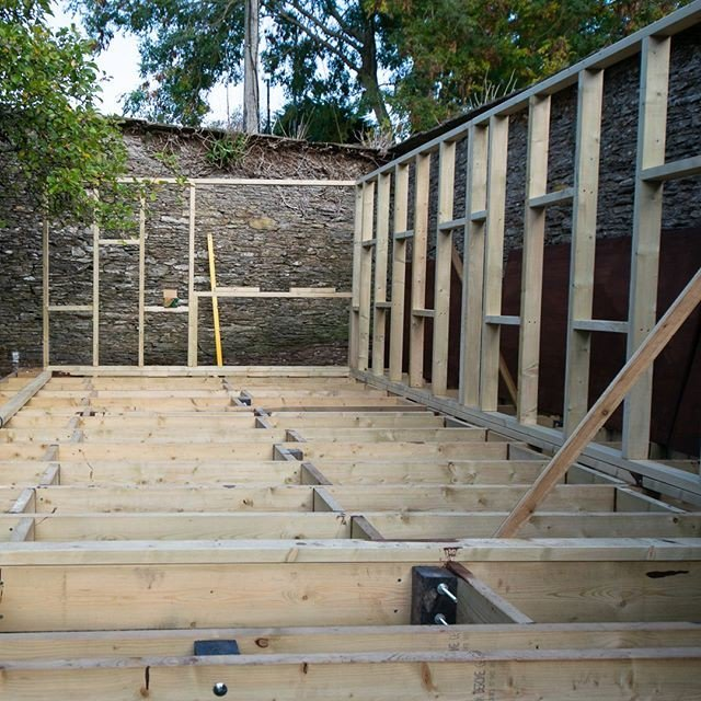 Shedworking: How to build a garden office - part 2 (video)