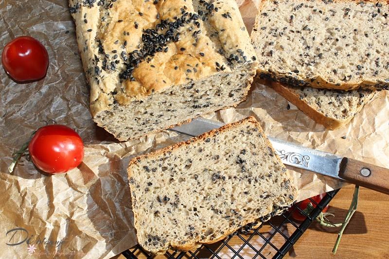 Ekspresowy chleb żytni na maślance bez wyrabiania (mieszany łyżką!)