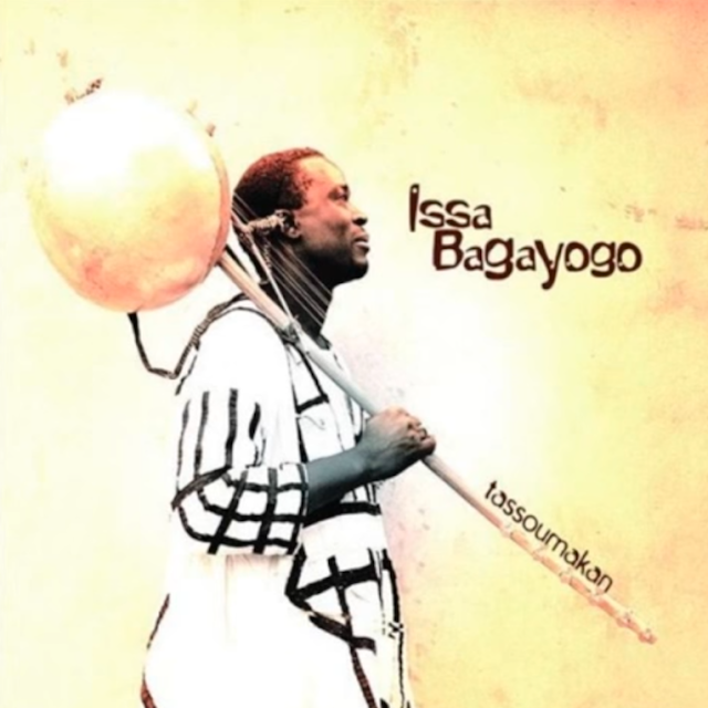The Indies music audio of Issa Bagayogo for his song titled Dya from his album titled Tassoumakan
