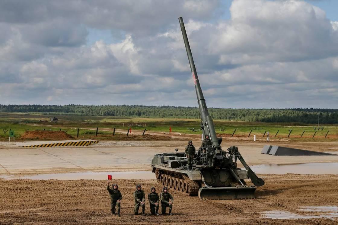 РФ модернізує самохідні 203-мм гармати та 240-мм міномети
