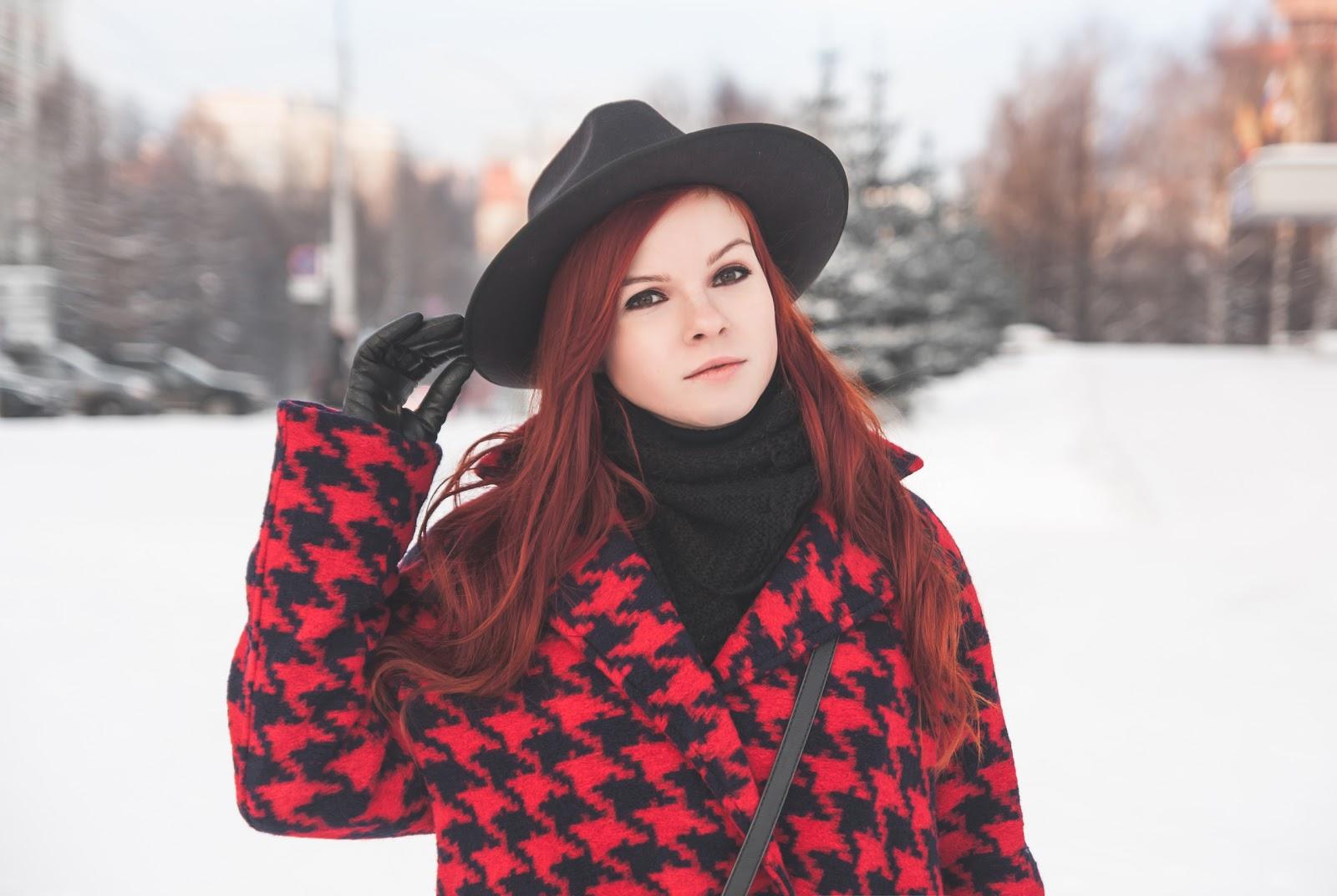 http://www.recklessdiary.ru/2016/12/gde-kupit-zimnee-palto-vipme-otzyvy-chernyj-s-krasnym.html