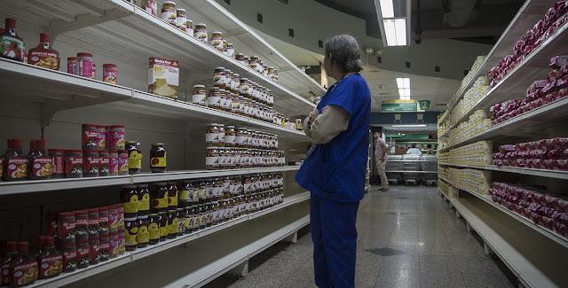 ¿Podría llegar a 100.000%? Para la hiperinflación venezolana parece no haber límite