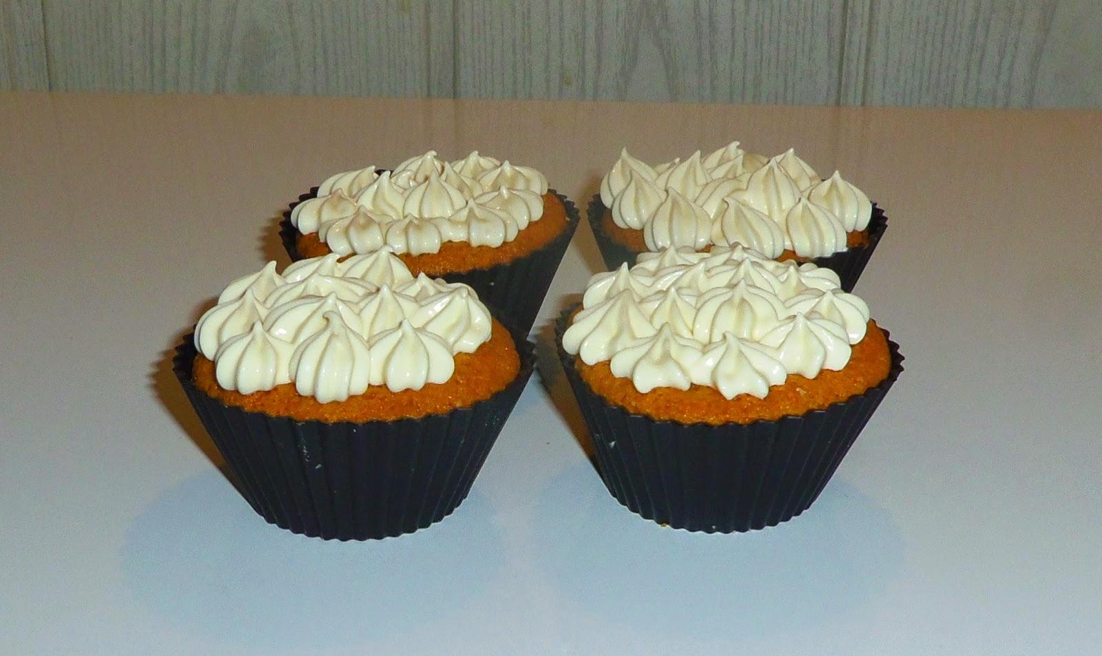cupcakes, cupcakes au citron, cupcakes au chocolat blanc, recette de crème citron, recette de ganache au chocolat blanc