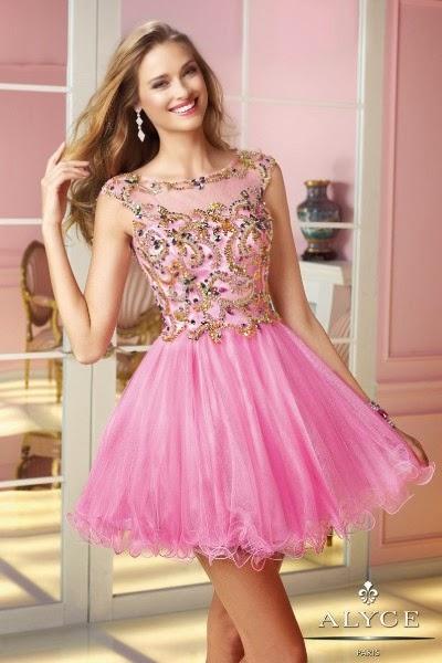 e97286cd9 Grandiosos vestidos cortos de fiesta de 15 años