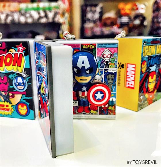 Marvel Mini Comic Frenzies Tokidoki Blind Box Vinyl Figure Book Black Widow