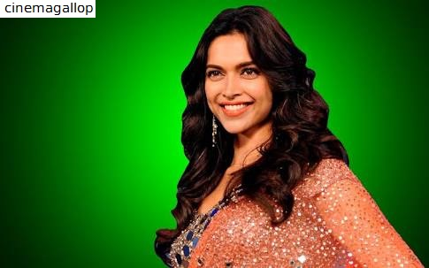 Deepika Padukone Spicy Saree Photos