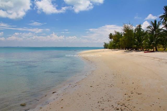 Hotel Review | Bayu Lestari Island Resort- resort terbaharu di Mersing, Johor