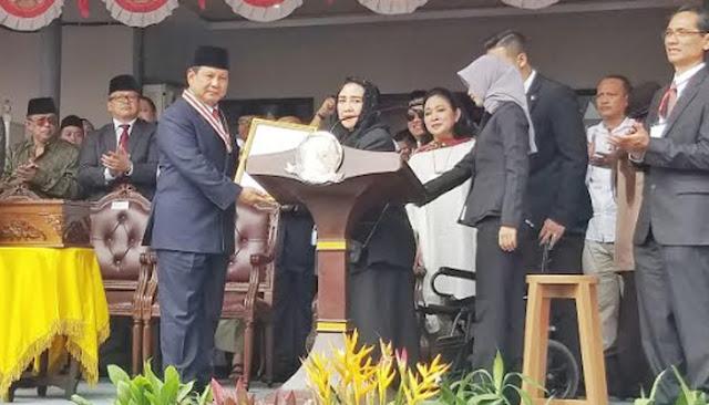 Beri Penghargaan <i>Star of Soekarno</i>, Rachmawati Nilai Prabowo Setara Kim Jong Un