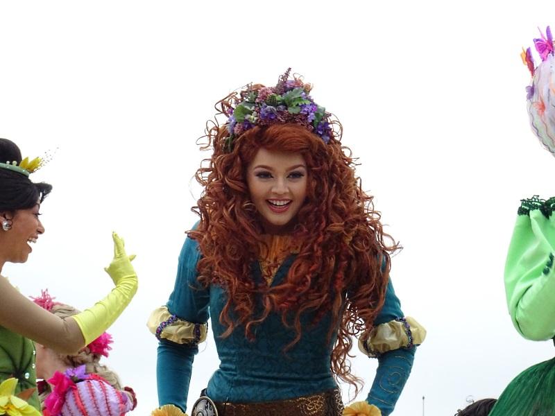 Merida danse avec les princesses
