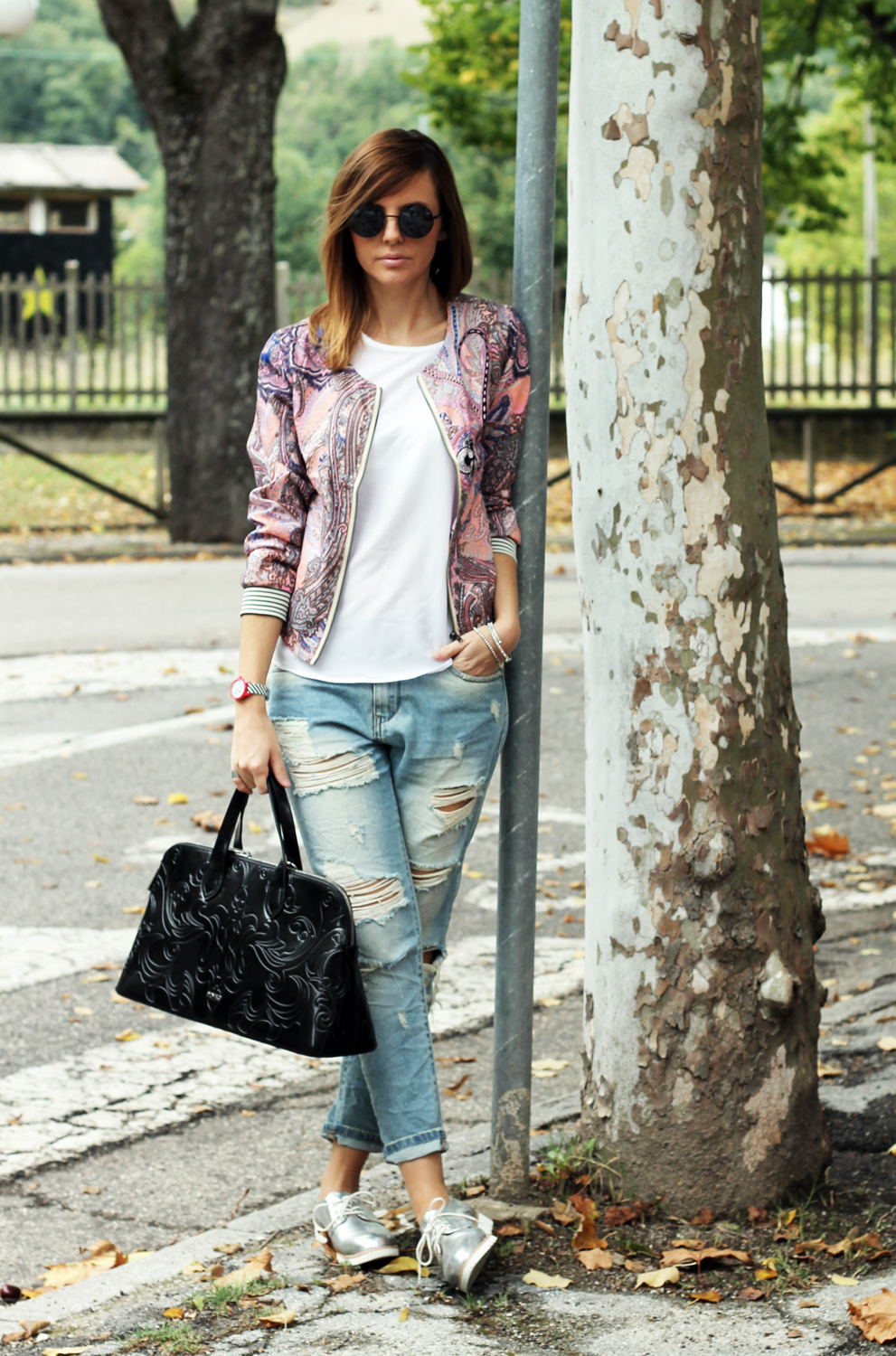 3-outfit-sportivo-jeans-bomber-rosa-stringate argento